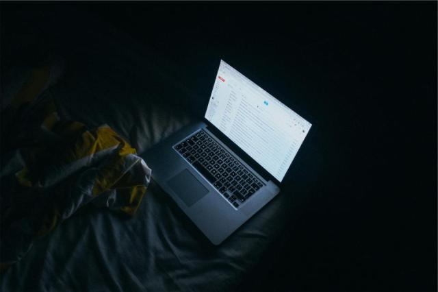 apple-macbook_A8AAE8C9FF